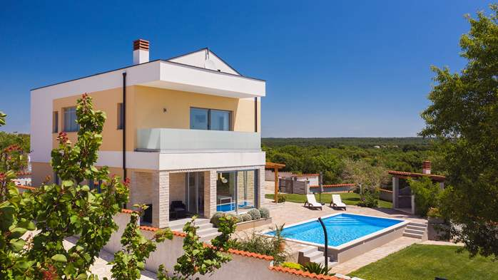 Brand new and modern villa with pool and sauna near Fažana, 1