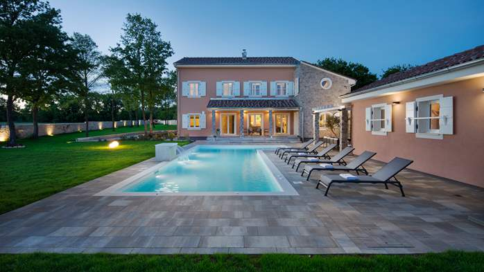 Design villa with pool and sauna, wine bar, children's playground, 1