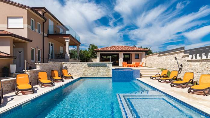 Enchanting villa with pool, finnish sauna, jacuzzi and gym, 10