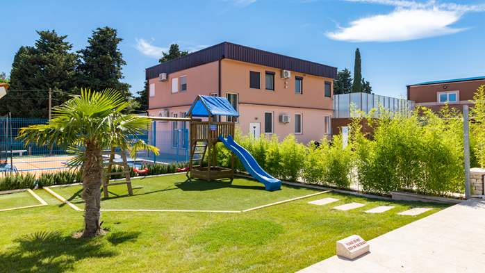 Enchanting villa with pool, finnish sauna, jacuzzi and gym, 14