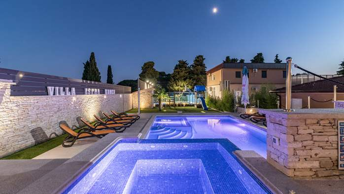 Enchanting villa with pool, finnish sauna, jacuzzi and gym, 2