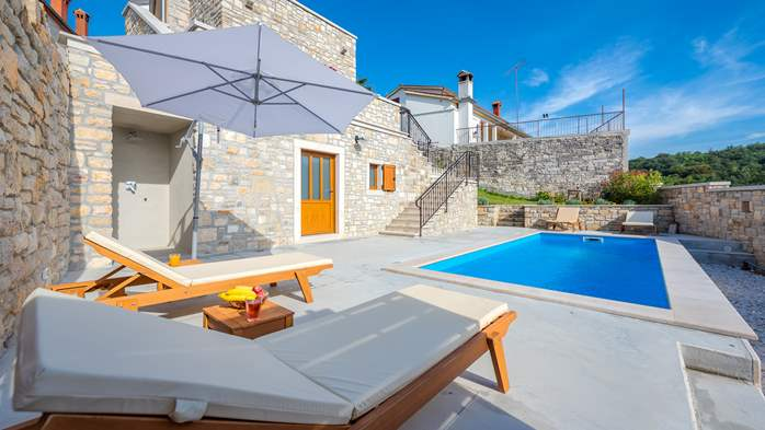 Charming villa with heated pool in the heart of Istria, 7