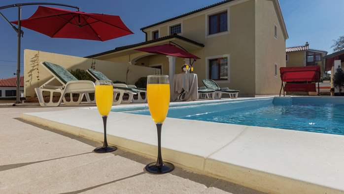 Villa near Vodnjan, with private pool, terrace, barbecue, WiFi, 16