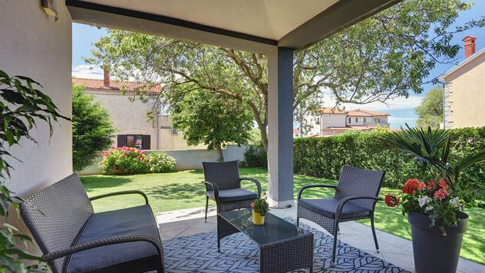 Outstanding villa with heated pool, air conditioning and WiFi, 13