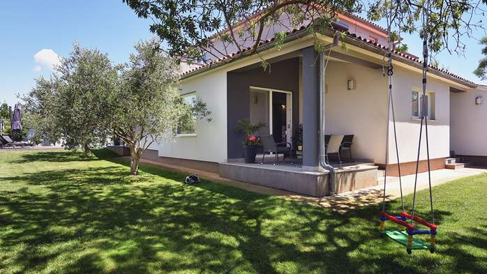 Outstanding villa with heated pool, air conditioning and WiFi, 11
