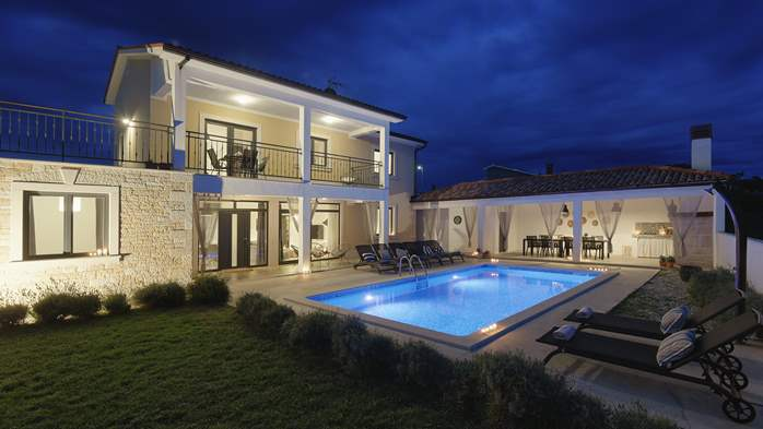 Graciously decorated two storey villa, with pool and terrace, 4