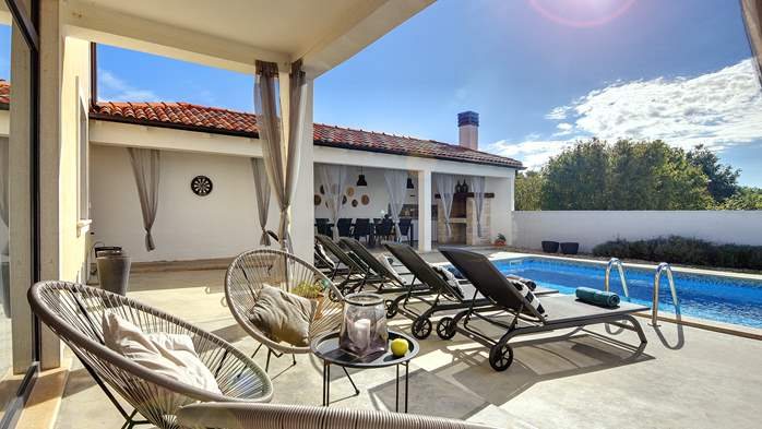 Graciously decorated two storey villa, with pool and terrace, 13