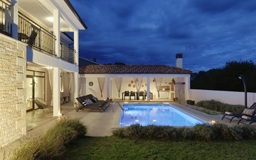 Graciously decorated two storey villa, with pool and terrace