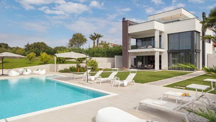 Stylish villa with heated pool near Pula, with wine cellar, 20