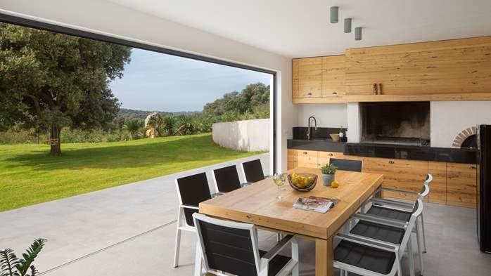 Stylish villa with heated pool near Pula, with wine cellar, 22