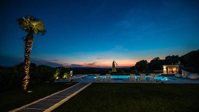 Stylish villa with heated pool near Pula, with wine cellar, 5