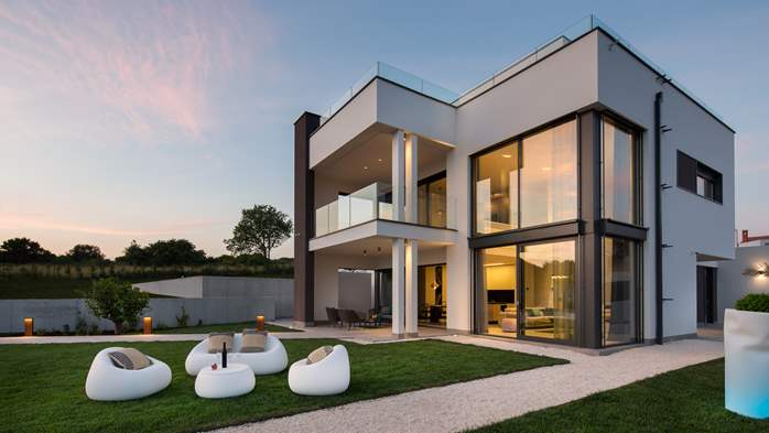 Stylish villa with heated pool near Pula, with wine cellar, 11