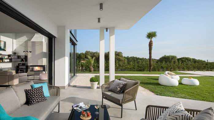 Stylish villa with heated pool near Pula, with wine cellar, 27