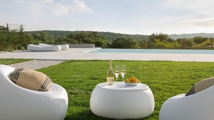 Stylish villa with heated pool near Pula, with wine cellar, 29