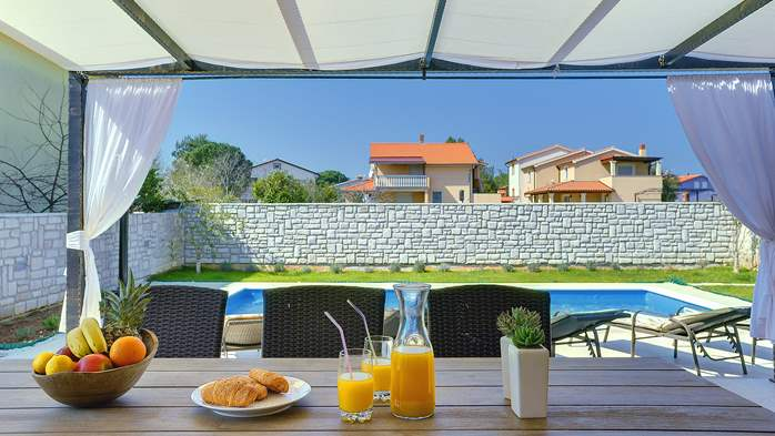 Gorgeous villa in Valbandon, with pool, barbecue and bikes, 4