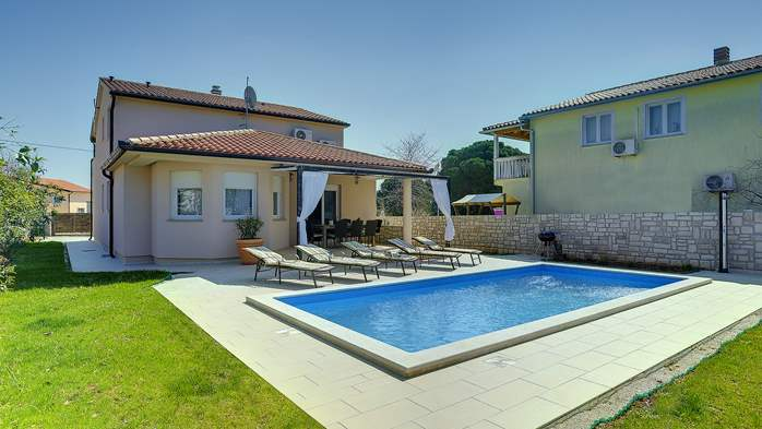 Gorgeous villa in Valbandon, with pool, barbecue and bikes, 5