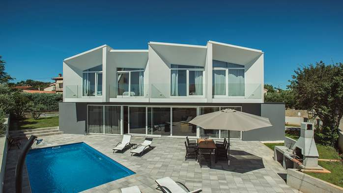 Wonderful newly built villa in Ližnjan, with private pool and BBQ, 5