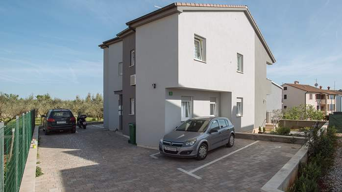Modern building in Pula offers nice apartments, 15