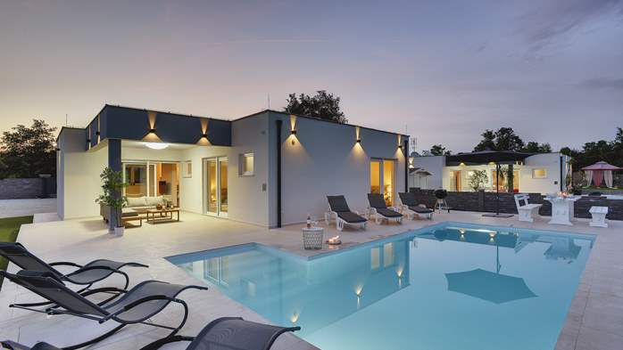 Villas with pool Villa Florentina