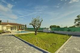 Villa Cristalines