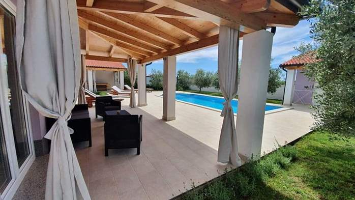 A wonderful family villa with an outdoor pool, on two floors, 1