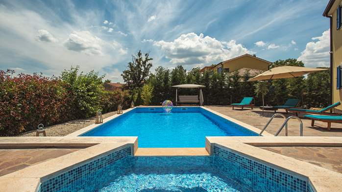 Attractive villa with 6 bedrooms, swimmingpool and Finnish sauna, 10