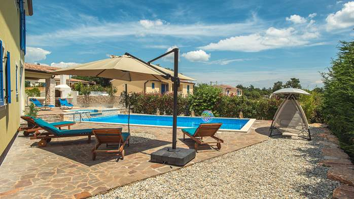 Attractive villa with 6 bedrooms, swimmingpool and Finnish sauna, 11