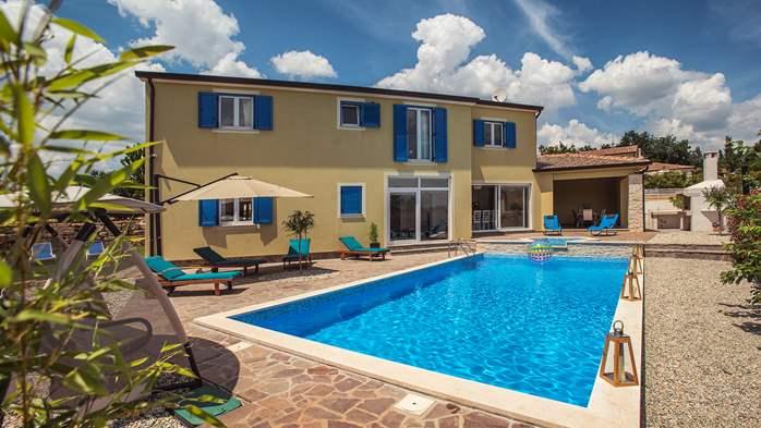 Attractive villa with 6 bedrooms, swimmingpool and Finnish sauna, 9