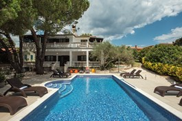 Villa Mima