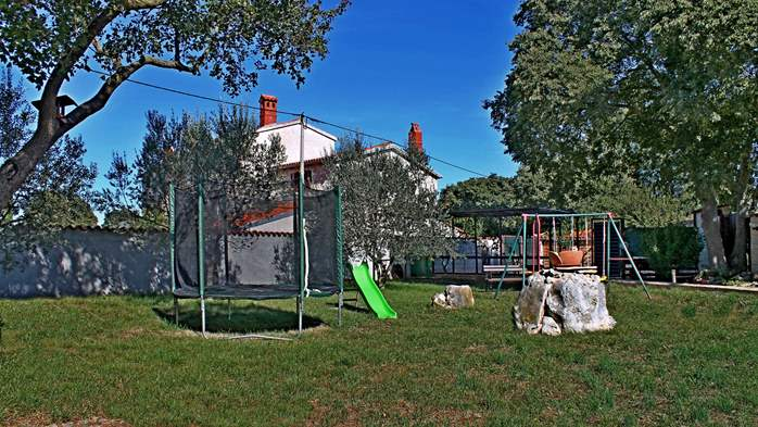 Comfortable house offers a children's playground, garden, Wi-Fi, 9