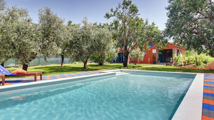 Irresistible house in Medulin with pool and private garden, 5