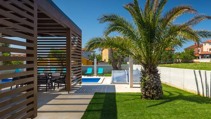 Luxury villa in Pula with heated pool and Jacuzzi for ten persons, 5