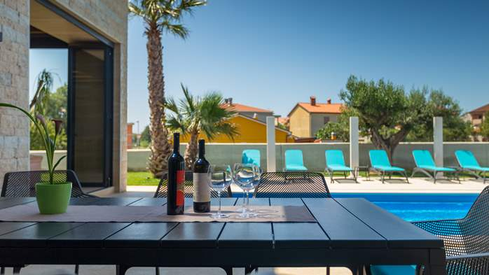 Luxury villa in Pula with heated pool and Jacuzzi for ten persons, 13