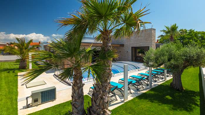 Luxury villa in Pula with heated pool and Jacuzzi for ten persons, 8