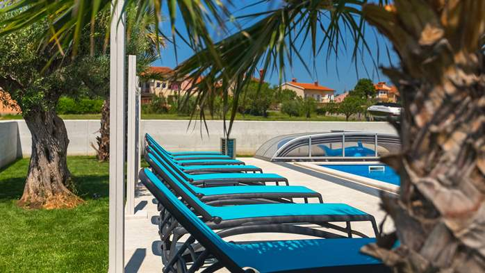 Luxury villa in Pula with heated pool and Jacuzzi for ten persons, 19