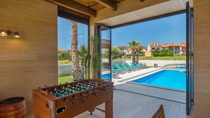 Luxury villa in Pula with heated pool and Jacuzzi for ten persons, 26