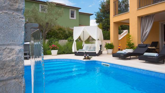 Lovely villa with pool, jacuzzi, sauna, gym and WiFi, 2