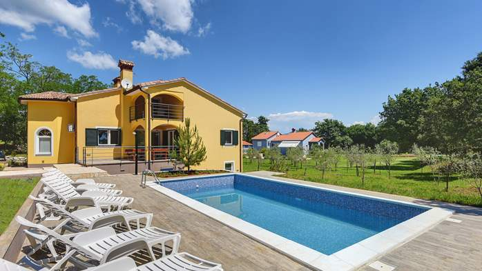 Beautiful two-storey villa with private pool for up to 8 people, 1