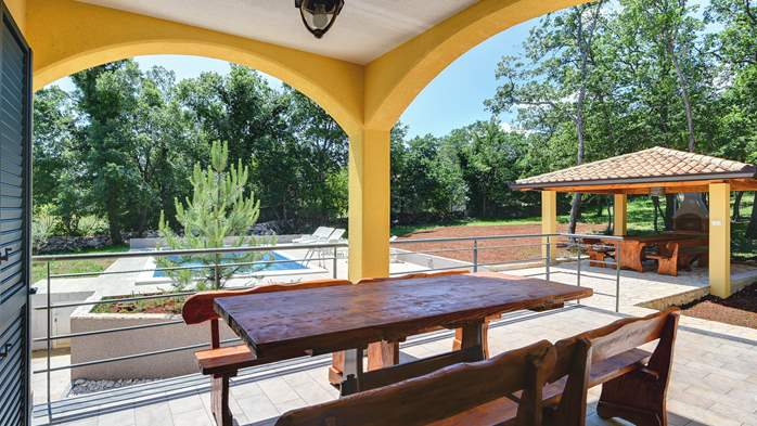 Beautiful two-storey villa with private pool for up to 8 people, 4
