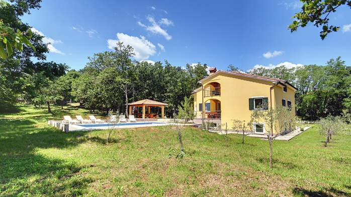 Beautiful two-storey villa with private pool for up to 8 people, 8