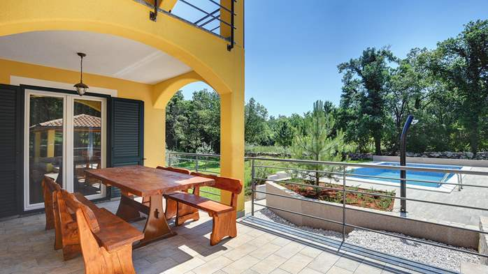 Beautiful two-storey villa with private pool for up to 8 people, 9