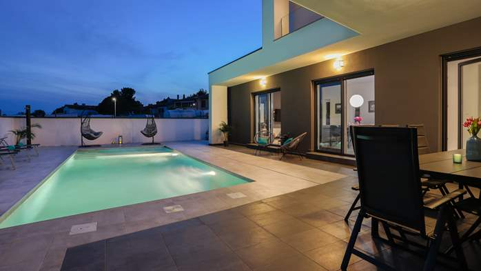 Modern villa with three bedrooms, an outdoor pool and WiFi, 5