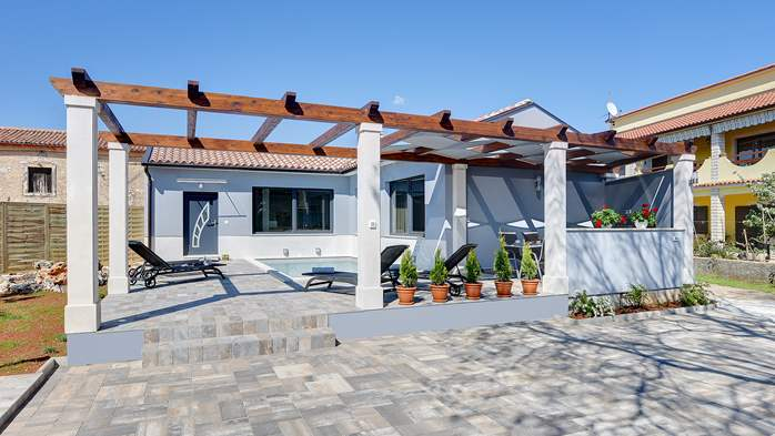 Villa in Galižana for 6 people, swimming pool, sun terrace, WiFi, 6