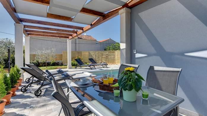 Villa in Galižana for 6 people, swimming pool, sun terrace, WiFi, 8