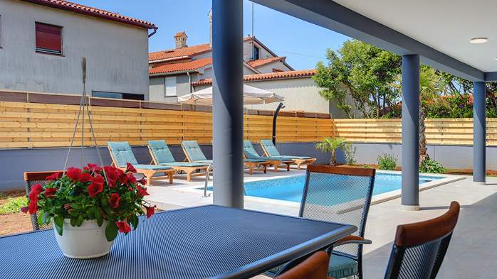 Lovely villa in a good location, with pool for up to 8 people, 4