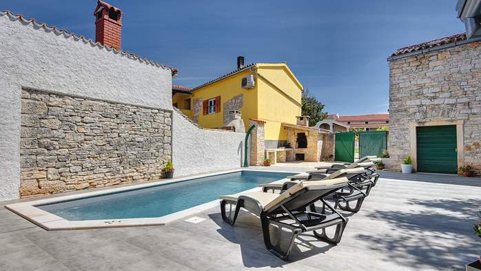 Istrian house renovated in a lovely villa with pool on 3 floors, 3