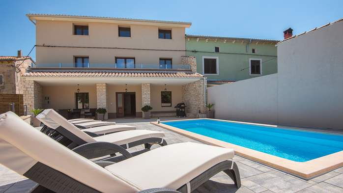 Modern villa with three bedrooms and a private outdoor pool, 3