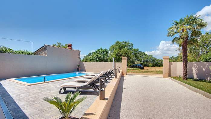 Modern villa with three bedrooms and a private outdoor pool, 4