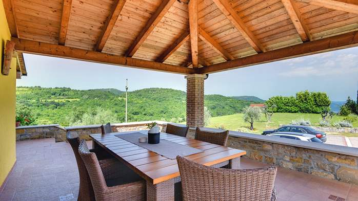 Traditional Istrian villa for 12 persons with private pool, 12