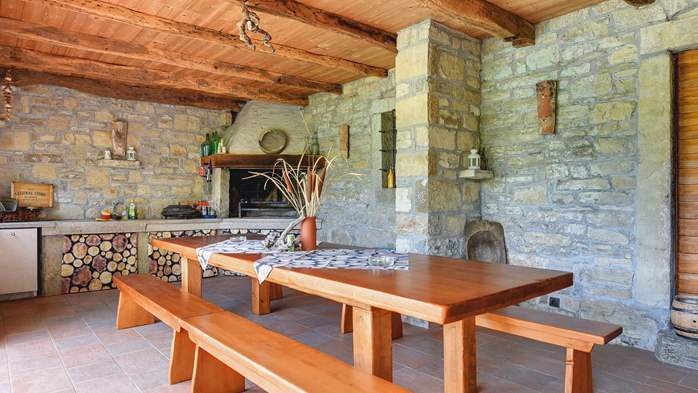 Traditional Istrian villa for 12 persons with private pool, 10